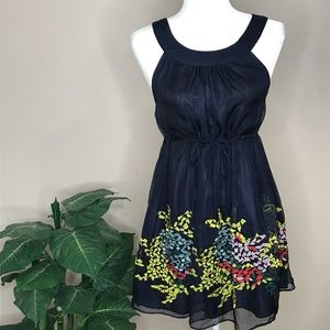 Myán Navy Blue Dress with Embroidered Detail